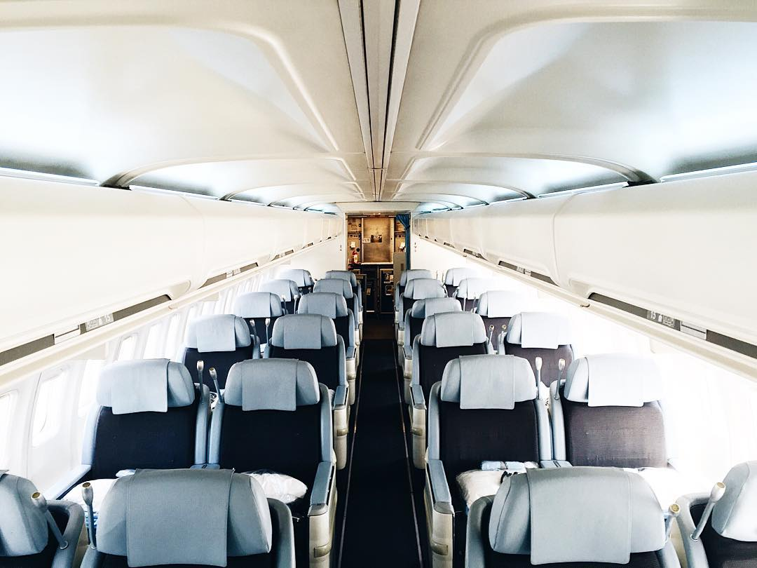 Notre voyage commence ici avec lacompagnieboutiqueairline  direction NY lacompagniehellip