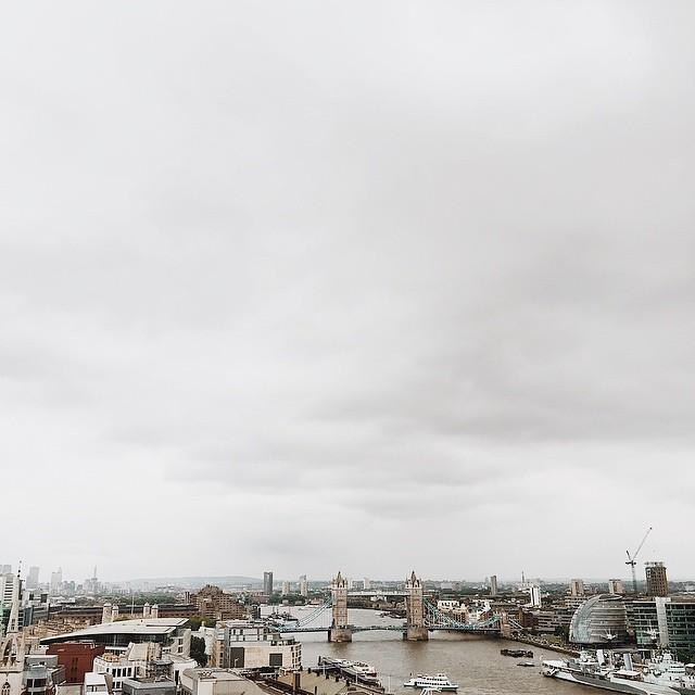 Après 4£ et 330 marches plus tard... #monumenttower #london #towerbridge