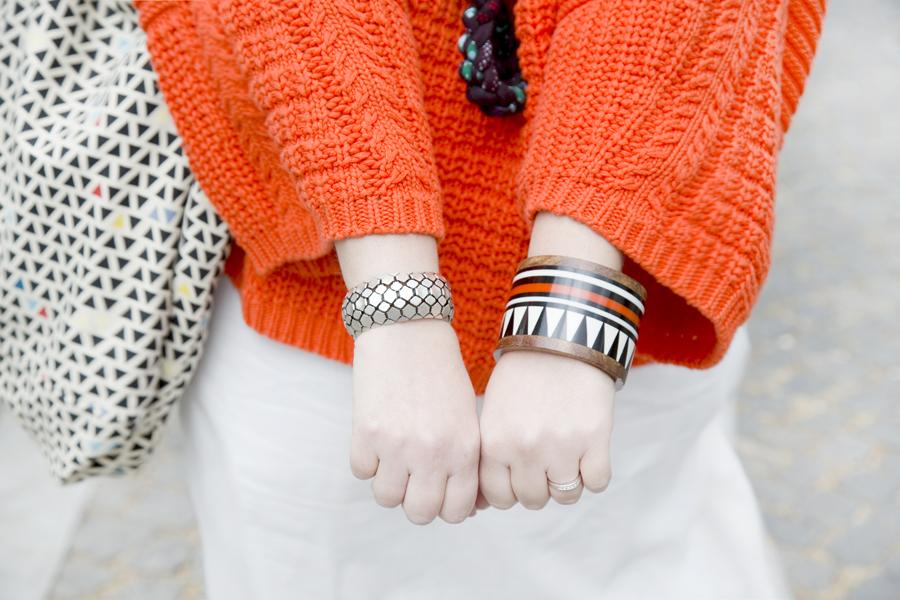 look_orange_7