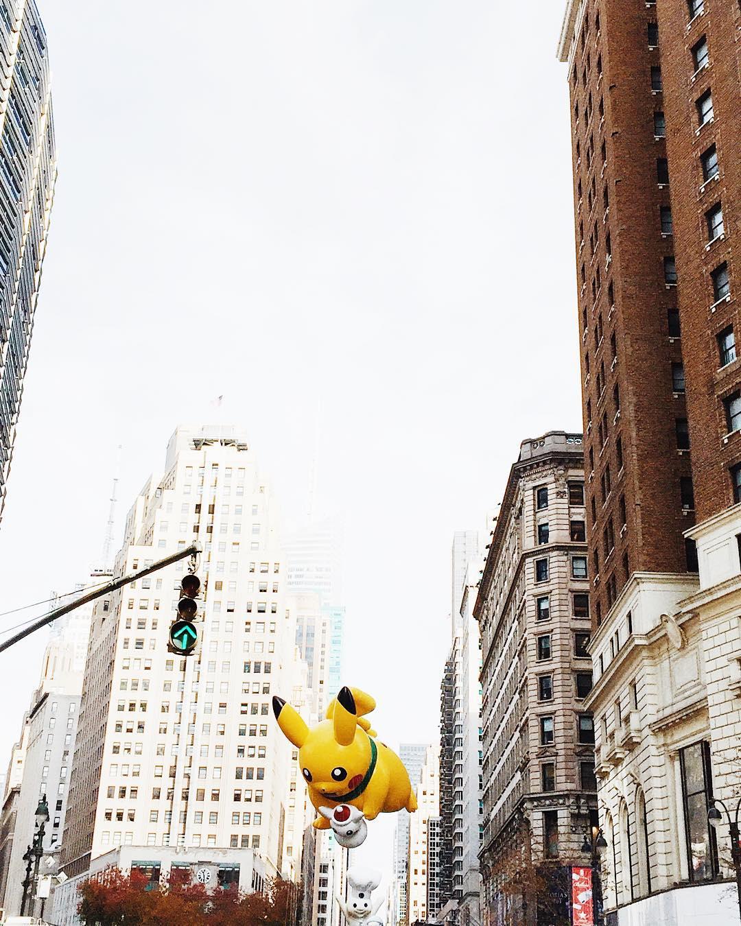 Pour ma paulinefashionblog en manque de NY  macysparade newyorkhellip