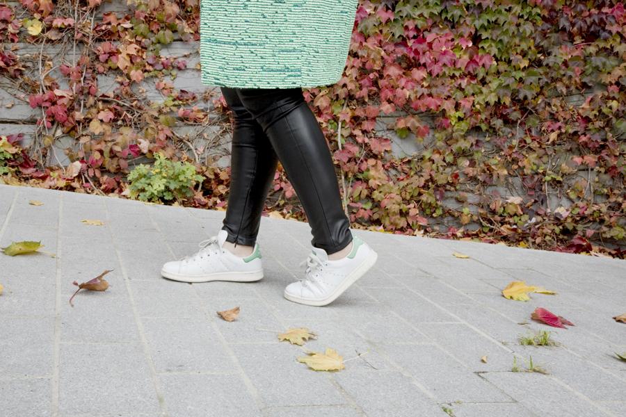 look_green_1