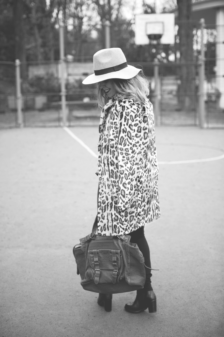 look_manteau_leopard_4