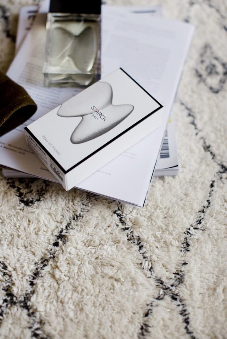 parfums_starck_peau_de_soie_peau_dailleurs_peau_de_pierre_2