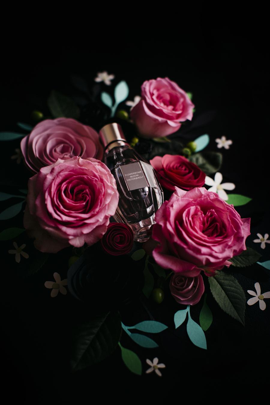 flowerbomb_bloom_viktor_&_rolf_parfum_1