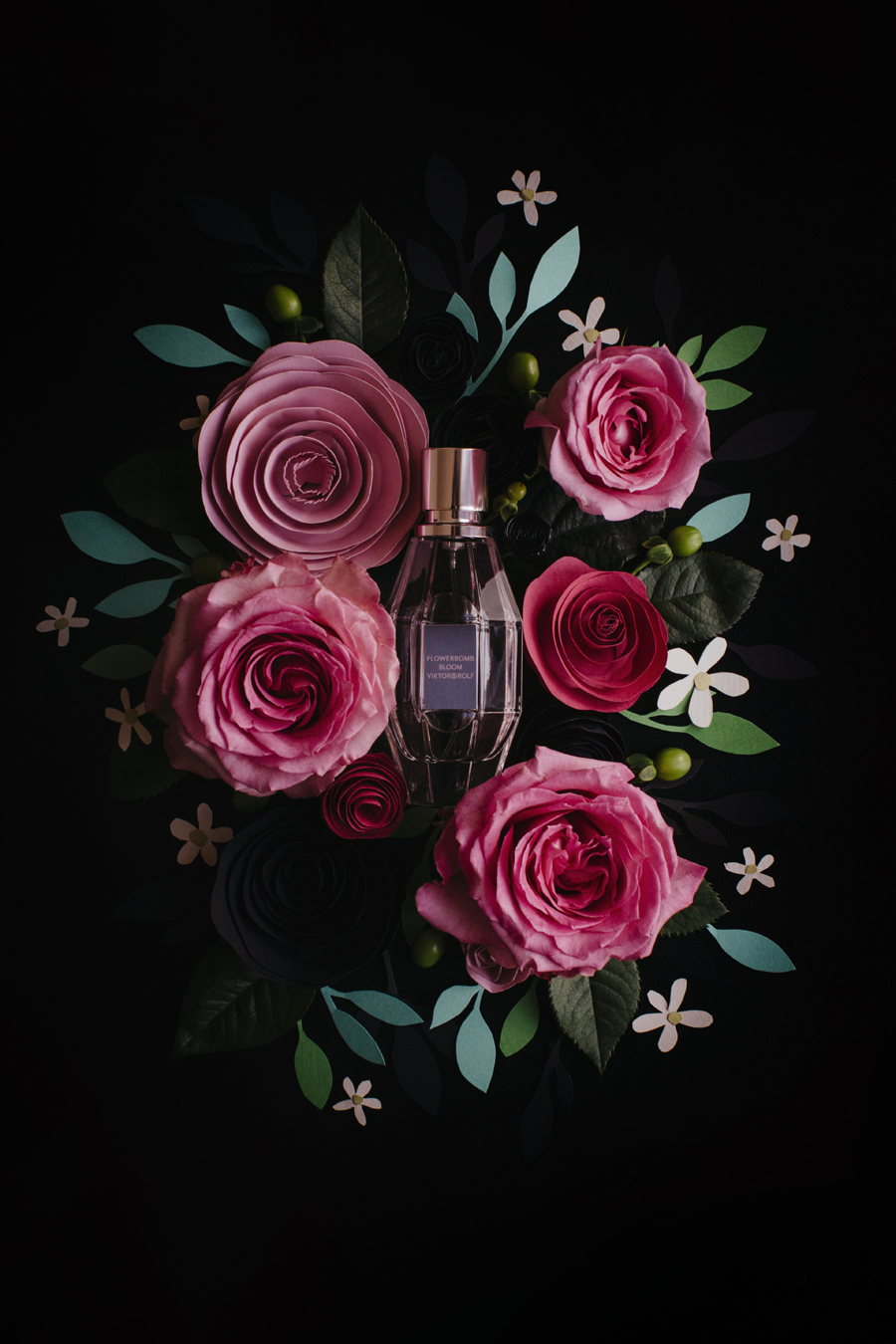 flowerbomb_bloom_viktor_&_rolf_parfum_7