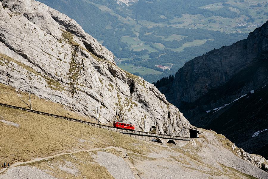 roadtrip_la_suisse_park_veggis_mont_pilatus_col_de_grimsel_39